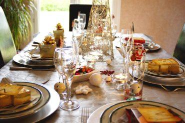 Se remettre des repas de fêtes :